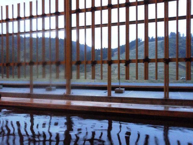 グリーンピア津南の露天風呂