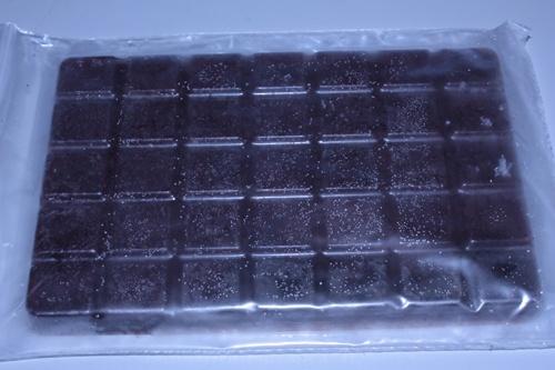 板チョコ赤虫1