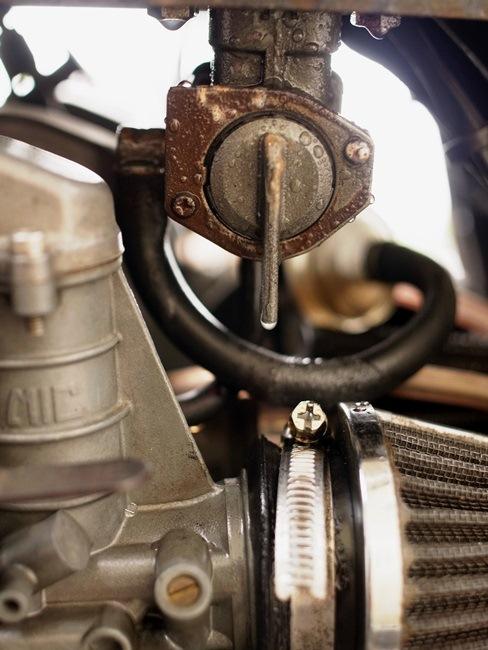 ガソリン漏れ 002_R