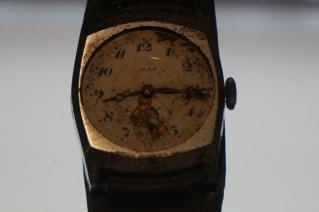 広島止まった時計1