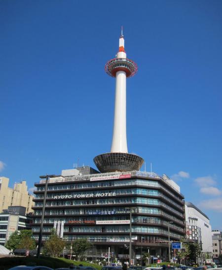 京都タワー〔フリー写真〕