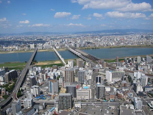 梅田スカイビルの展望台から見た風景2〔フリー写真〕
