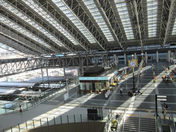 大阪駅3〔フリー写真〕