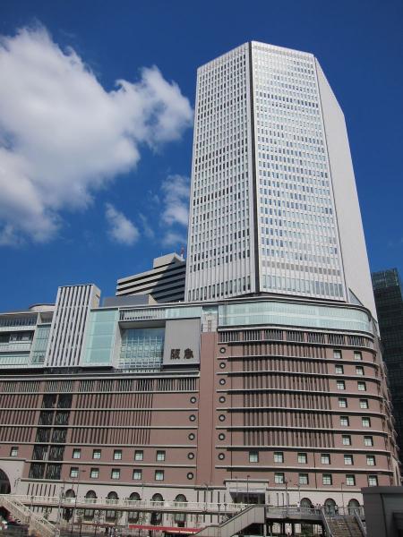 梅田阪急〔フリー写真〕