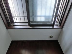 2507823窓枠完成2