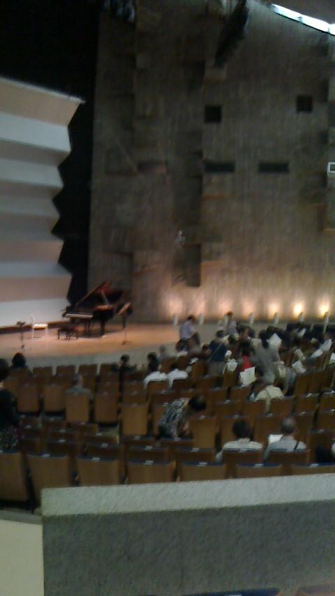 東京文化会館小ホール