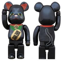 招き猫ベアブリック黒メッキ 400%