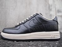 NIKE LUNAR FORCE 1 fragment design