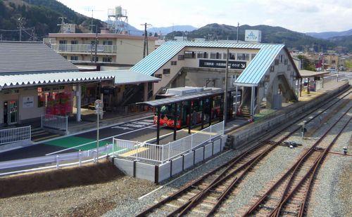 三鉄JR盛駅12駅構内