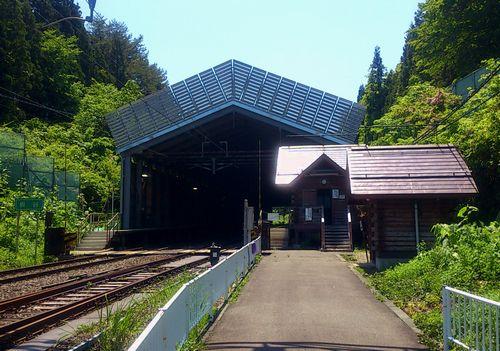 奥羽本線板谷駅3駅舎