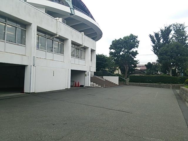 杉並区立科学館-駐車場