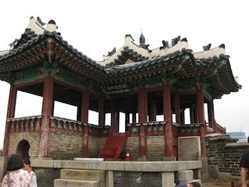 水原華城(スウォンファソン)の東北角楼
