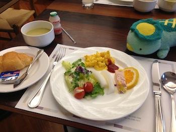 PJホテルの朝食ビュッフェ