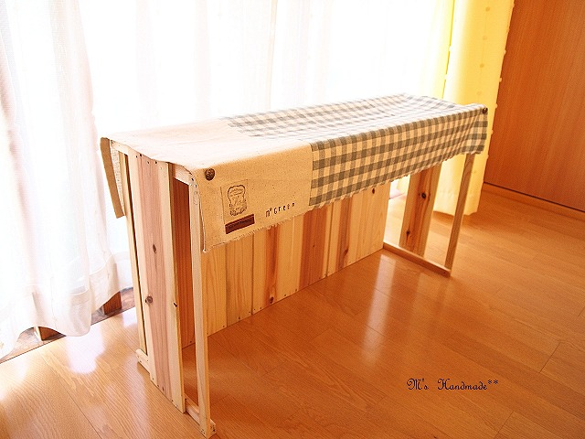 P8161295シラスの木箱