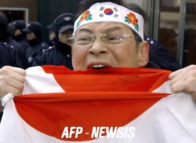 http://blog-imgs-60.fc2.com/s/h/i/shinokubo2ch/5e4ae674.jpg