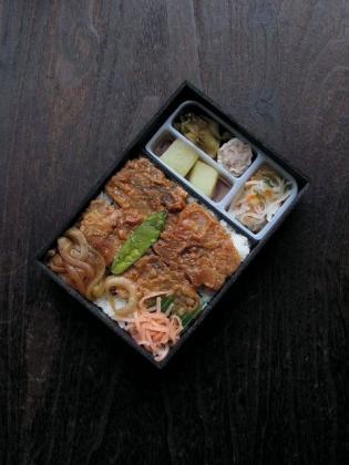 崎陽軒、豚めし弁当 (東京エリア限定)3