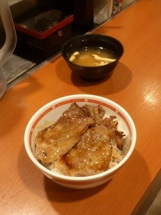 東京チカラめし、焼牛丼並2