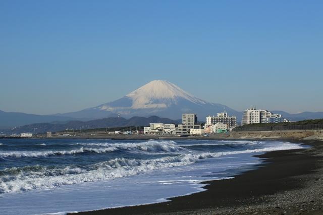 雪化粧をした富士山