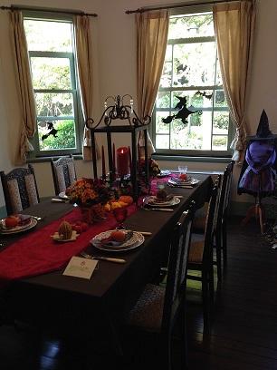西洋館 ハロウィン テーブルコーディネート1