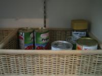 食品庫カゴ 缶詰