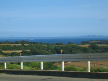三浦半島 山から海を臨む