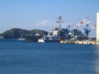 横須賀 軍港の軍艦