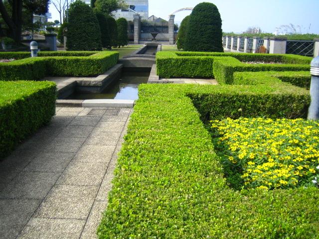 西洋館 お庭