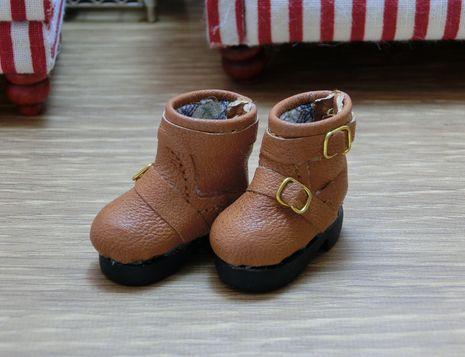 ノーザと靴 (3)a