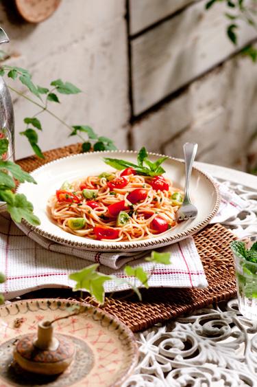 トマト&バジルパスタ