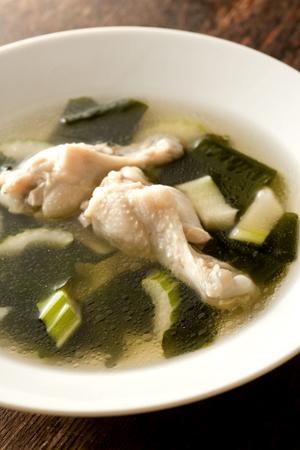 チキンわかめスープ