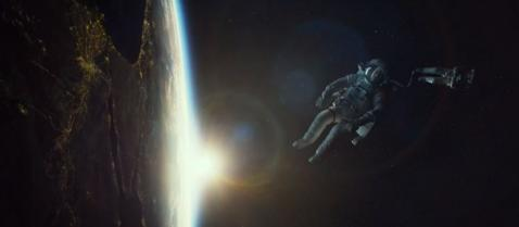 宇宙で2人きり、宇宙服だけでという恐怖「Gravity」