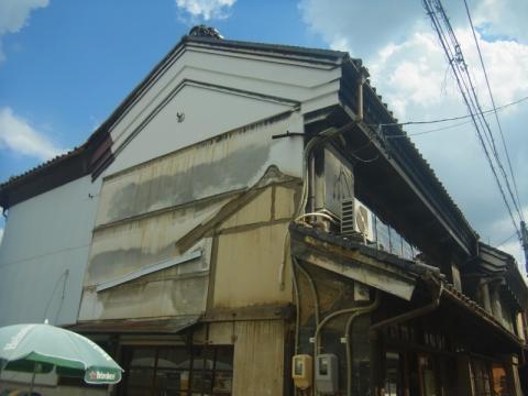 長野で蔵の中でビール