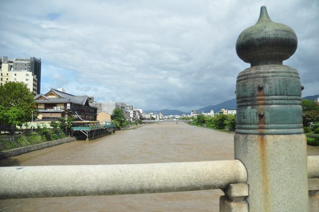 午後の鴨川
