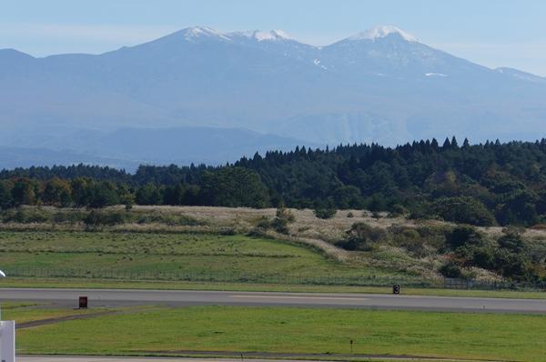空港からの八甲田山