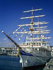 観潮船(ジョイポート南淡路の臨時便船)日本丸のレプリカ船。180px-Nihonmaru_replica