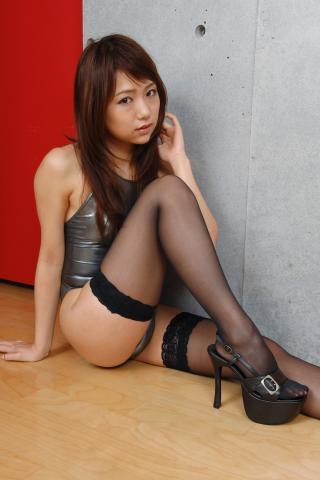 ai_amano_bwh1102.jpg