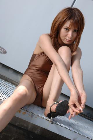 ami_yuzuki_bwh1056.jpg