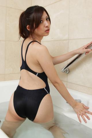 maimi_aizawa_bwh1010.jpg