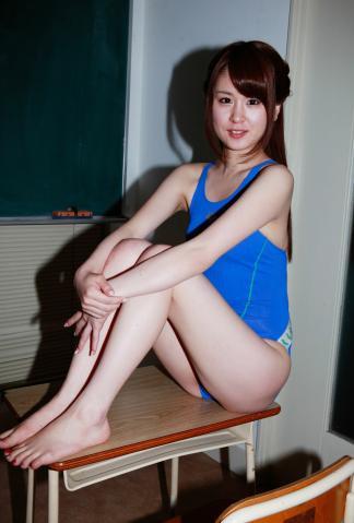 shiori_asana_dgc_096.jpg