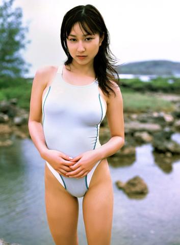 yui_minami0101.jpg