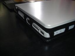 USBポート等の干渉なし