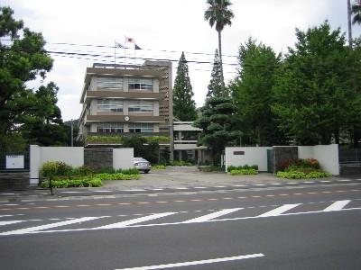 鶴丸高校。