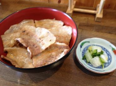 炭焼豚丼空海
