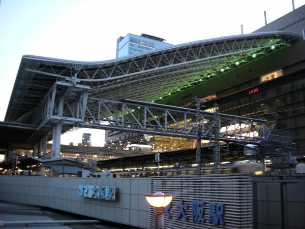 大阪駅10