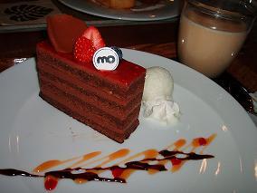 フランボワーズのチョコケーキ