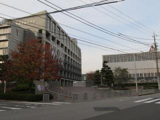 京介たちが通っている高校のモデルになった県立千葉商業高校