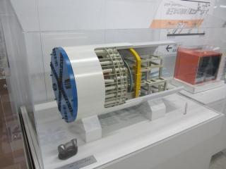 下北沢~世田谷代田間の急行線トンネルを建設したシールドマシンの1/20模型。
