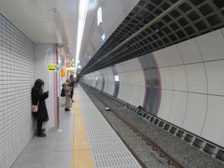 線路部分はシールド工法で建設されている。