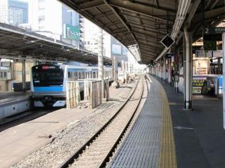 東海道線上り2番線の拡幅工事着工前。