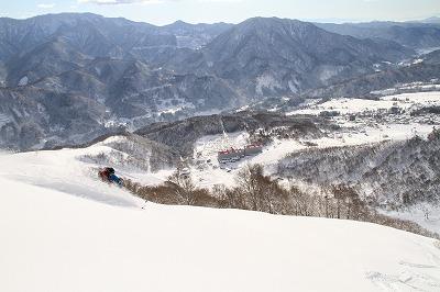 山風景と雪